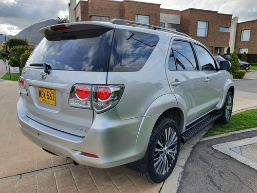toyota fortuner fortuner sr5 impecable 2013