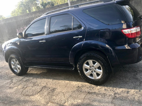 toyota fortuner impecable