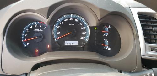toyota fortuner modelo 2013 4x2 gasolina - automática