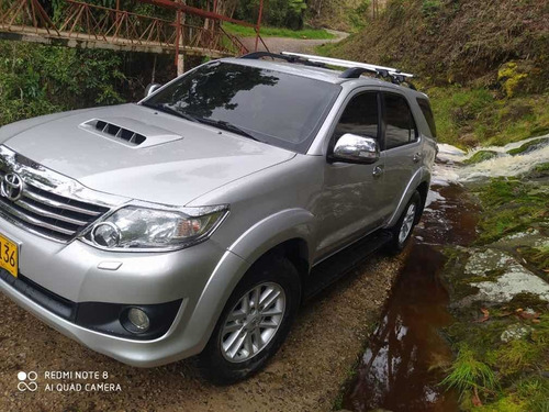toyota fortuner motor plus 3.0