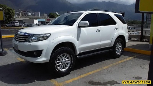 toyota fortuner spot wagon