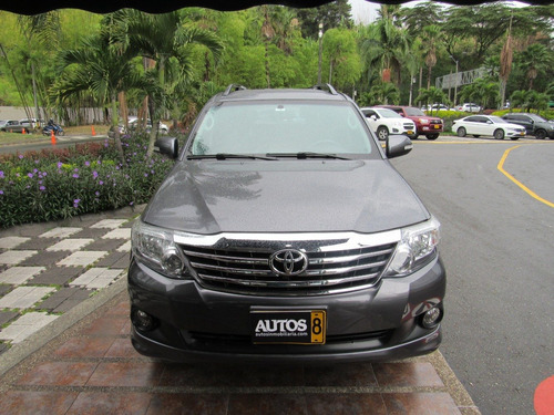 toyota fortuner sr5 at 4x2 cc2700