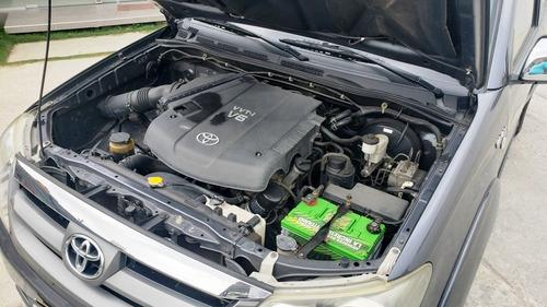 toyota fortuner sr5 aut 4x4 modelo 2008 motor 4.0 v6 gasolin