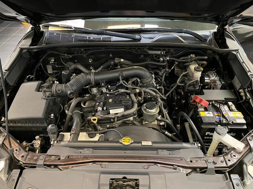 toyota fortuner sr5 automatico 4x2 gasolina  2700cc