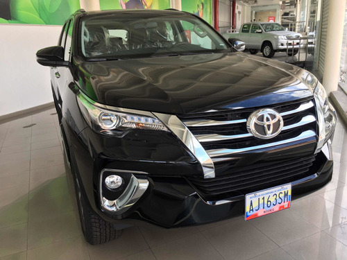 toyota fortuner sw4 2019