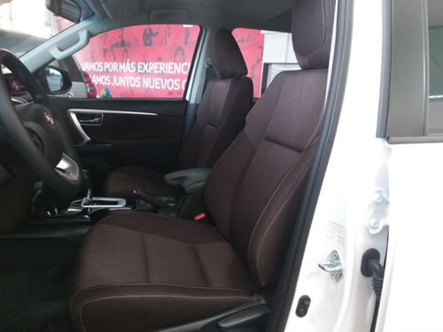 toyota fortuner sw4 street diesel modelo 2020