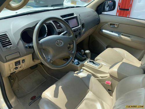 toyota fortuner urba at 2700 4x4