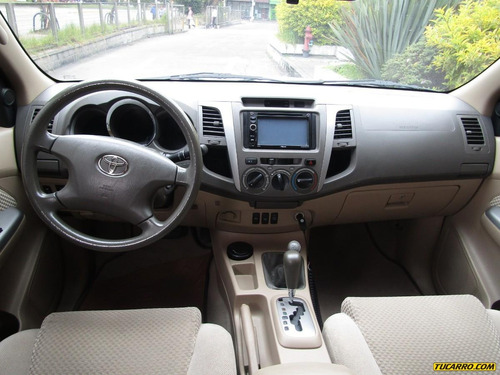 toyota fortuner urbana at 2700cc 4x4 aa ab abs