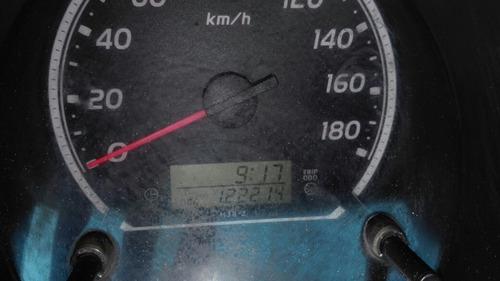 toyota hiace 2.7 van super larga mt 2011