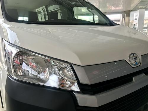 toyota hiace furgon l2h2 2.8 tdi 6at 3as 5p 2020