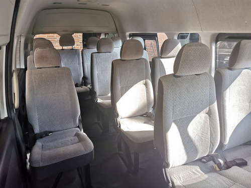 toyota hiace gl 15 pasajeros modelo 2015