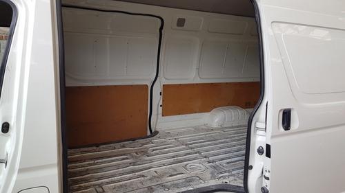 toyota hiace panel carga