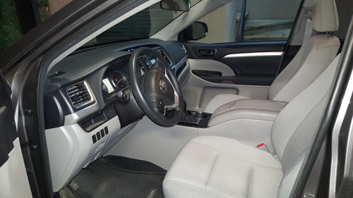 toyota highlander 3.5 le v6/ at 2014