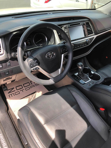 toyota highlander 3.5 limited panoramic roof at 2016