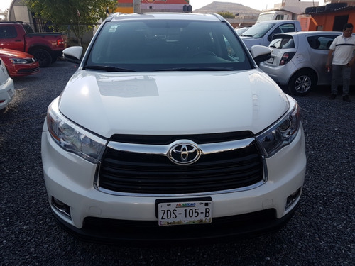 toyota highlander 3.5 premium pr v6 at 2015