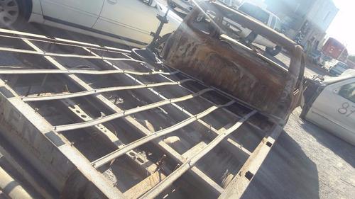 toyota hilux  2013  std  en partes mecanicas...