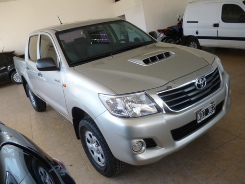 toyota hilux 2014 dx pack 4x2