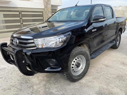 toyota hilux 2017 2.7 cabina doble base mt