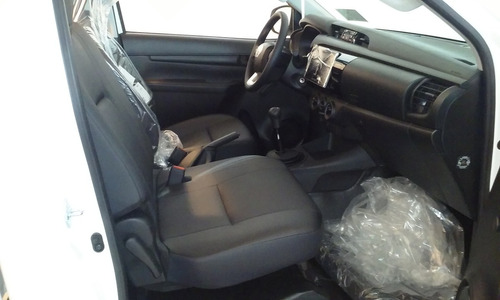 toyota hilux 2.4 4x4 cabina simple dx