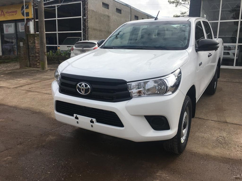 toyota hilux 2.4 cd dx 150cv 4x4 2020