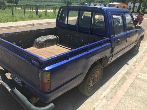 toyota hilux 2.4 d/cab 4x2 d 1989