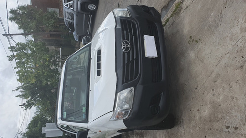 toyota hilux 2.5 4x4 cabina simple