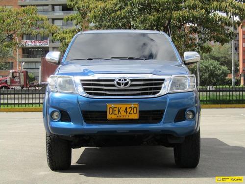 toyota hilux 2.5 4x4 mt diesel 2011