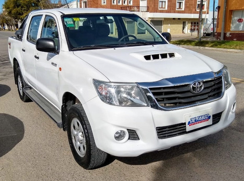 toyota hilux 2.5 cd dx pack i 120cv 4x4 2012