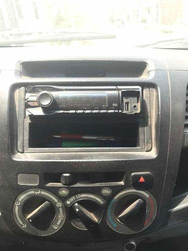 toyota hilux 2.5 cd turbo 4x4