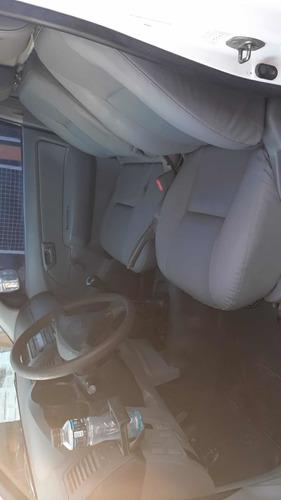 toyota hilux 2.5 cover cab simple 4x4 cerrada 2011