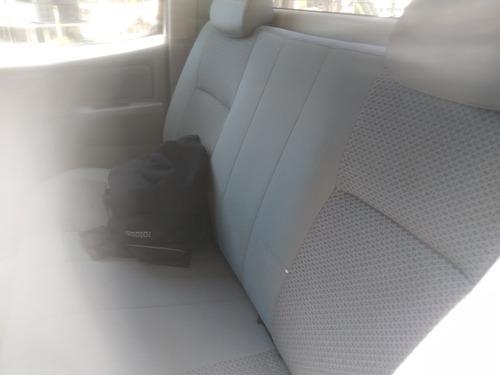 toyota hilux 2.5 doble cabina 4x2