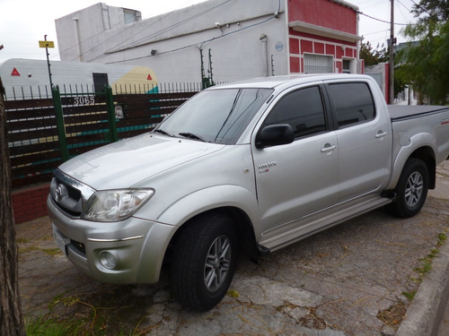 toyota hilux 2.5 sr  pack tdi 120cv 4x2 2012 impecable