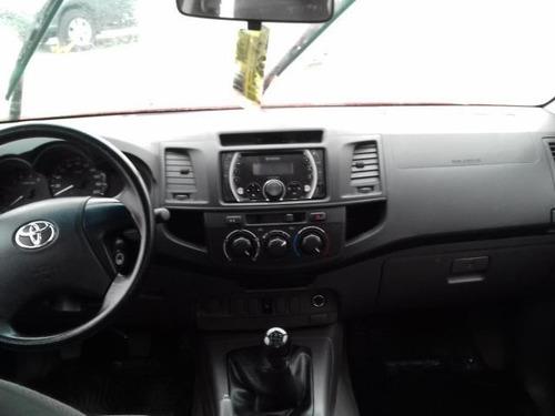toyota hilux  2.5 turbo 2015