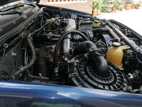 toyota hilux 2500 diesel 4x2