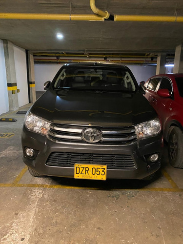 toyota hilux 2.7 full equipo