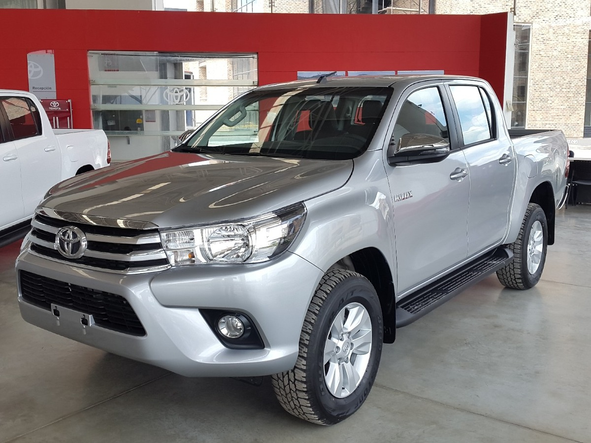toyota hilux 2 8 a t turbo diesel 4x4 en tucarro. Black Bedroom Furniture Sets. Home Design Ideas