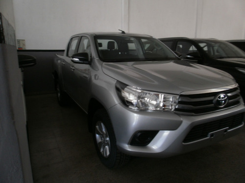 toyota hilux 2.8 cd limited 177cv 4x4 2017