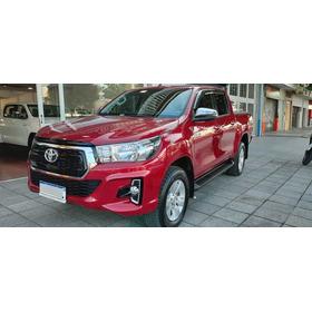 Toyota Hilux 2.8 Cd Srv 177cv 4x4 2019