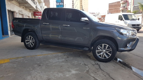 toyota hilux 2.8 cd srv 177cv 4x4 at 2017