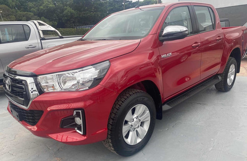 toyota hilux 2.8 cd srv 177cv 4x4 at 2019