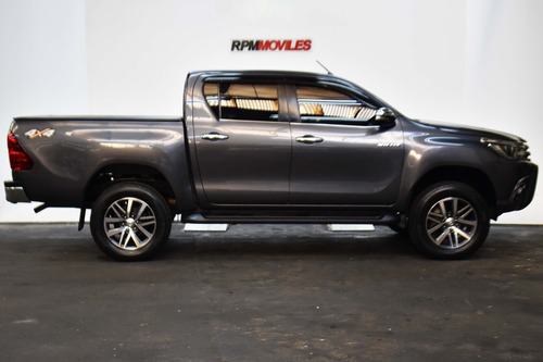 toyota hilux 2.8 cd srx 177cv 4x4 2017 rpm moviles