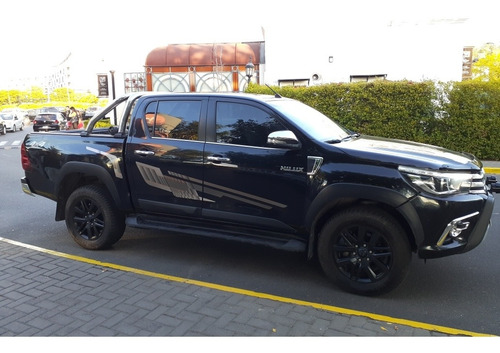 toyota hilux 2.8 cd srx 177cv 4x4 at 2016 hoffen
