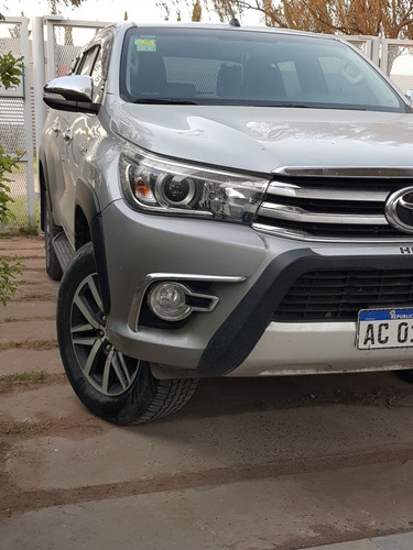 toyota hilux 2.8 cd srx 177cv 4x4 at 2017
