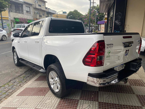 toyota hilux 2.8 srv pack manual 4x2 año 2016 auto classic