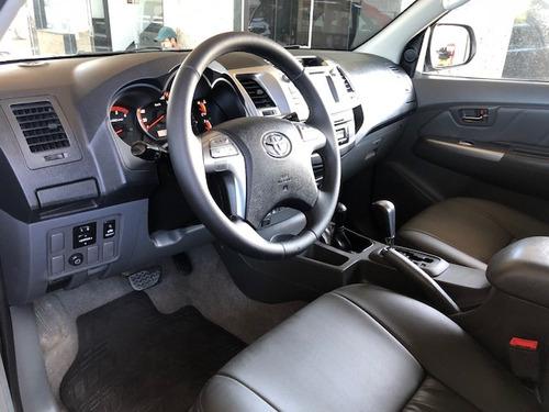 toyota hilux 3.0 2014 srv cab. dupla 4x4 aut. 112000km.