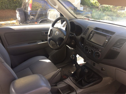toyota hilux 3.0 4x4 170hp - impecable