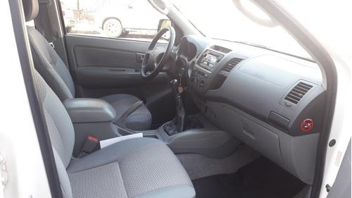 toyota hilux 3.0 i sr cab doble 4x2 doble airbag 2011