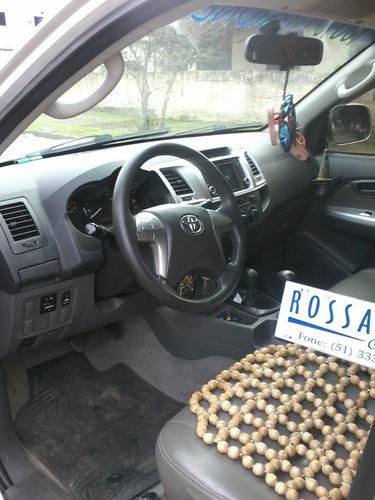 toyota hilux 3.0 sr .cab dupla 4x4 aut.rossatto caminhões