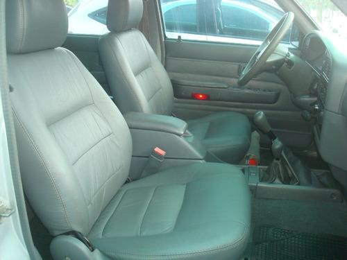 toyota hilux 3.0 sr cab. dupla turbo 4x4 4p