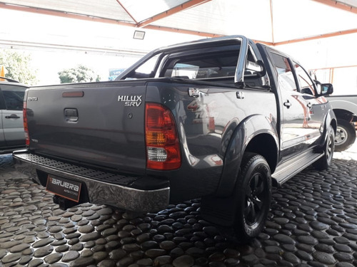 toyota hilux 3.0 srv    4x2     2009